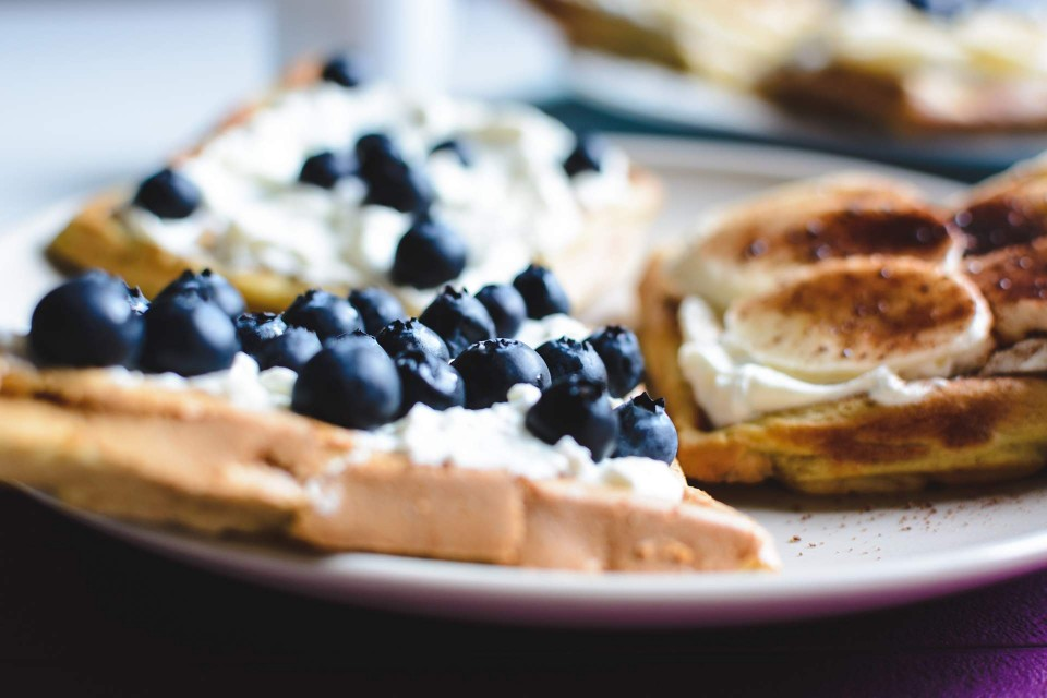 foodiesfeed.com_homemade-waffles-blueberries-banana